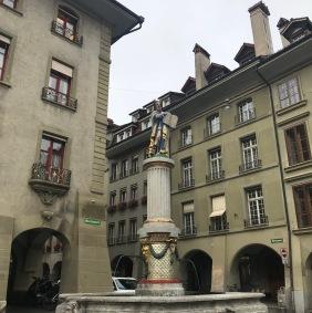 Bern_Minster fountain