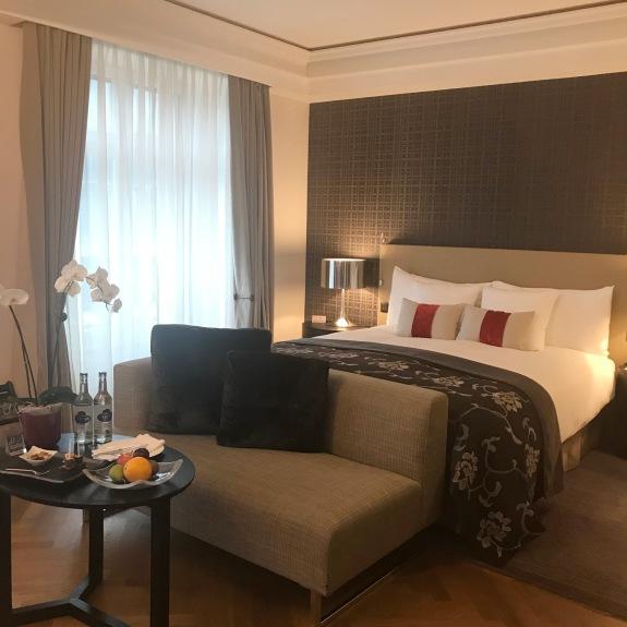 Schweizerhof Bern_My hotel room